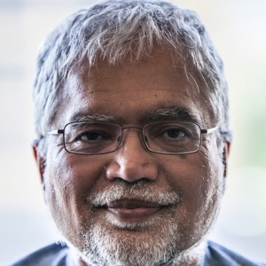 dr-mukesh-kapila.jpg